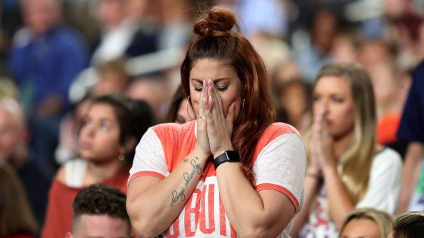 Watch Auburn Fans React To Tigers Heartbreaking Loss To